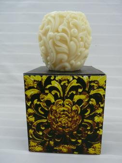 Volcanica All Natural Beeswax Ivory Handcrafted Unscented Ca
